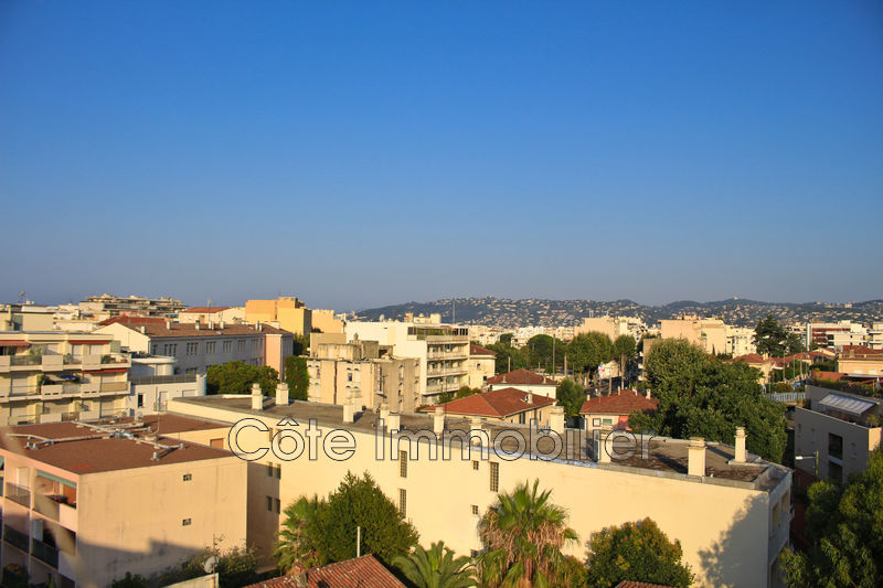 appartement  4 rooms  Juan-les-Pins Focus  94 m² -