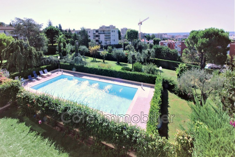 appartement  2 rooms  Antibes Close ti the beaches  56 m² -