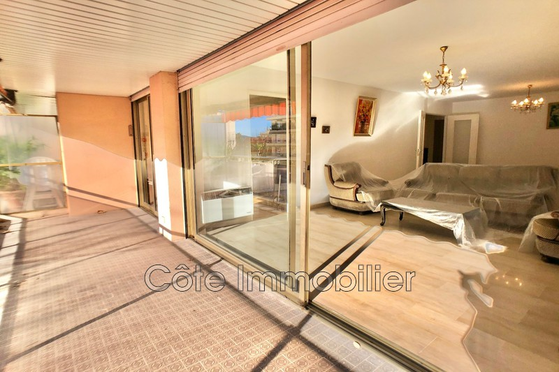 appartement  3 rooms  Juan-les-Pins Close ti the beaches  94 m² -
