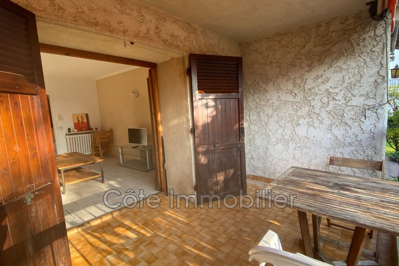 appartement  2 rooms  Golfe-Juan Close ti the beaches  38 m² -