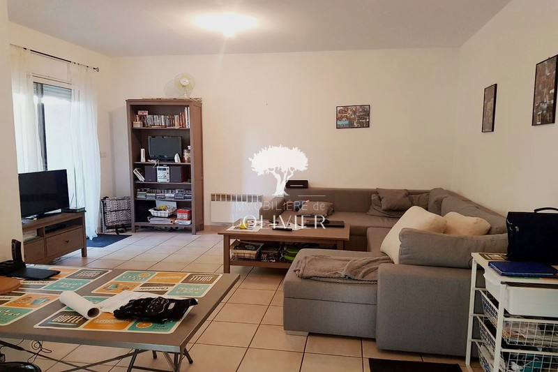Photo Appartement Apt Colline sud,  Location appartement  3 pièces   50 m²