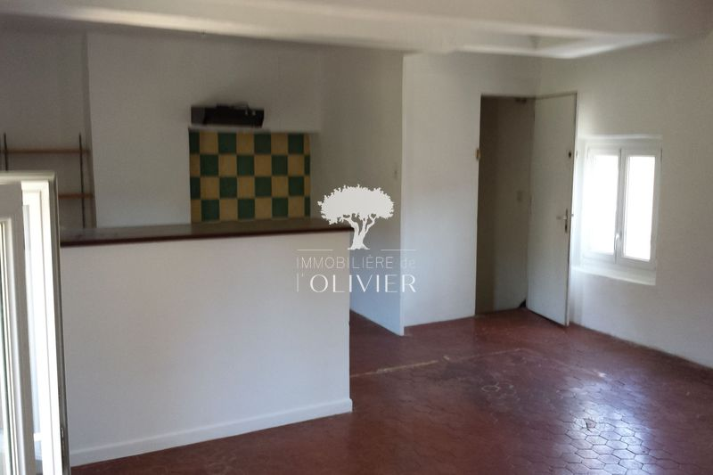 Photo Appartement Apt Apt,  Location appartement  2 pièces   46 m²