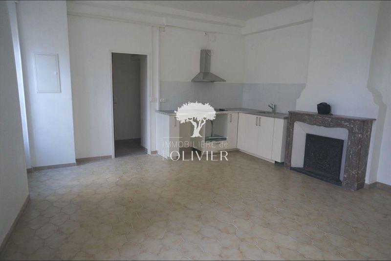 Photo Appartement Apt Apt,  Location appartement  3 pièces   56m²