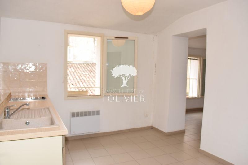 Photo n°6 - Location appartement Apt 84400 - 480 €