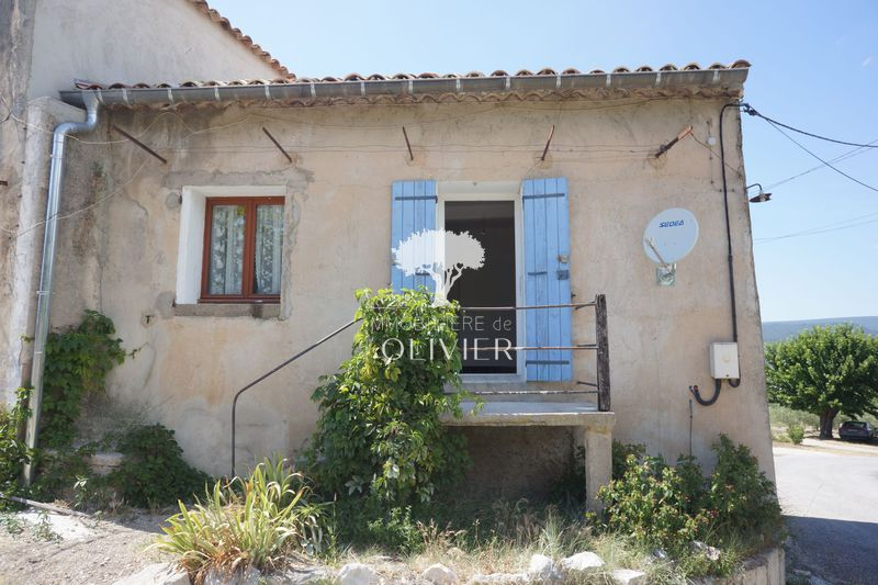 Photo n°1 - Location maison de village / ville Saint-Saturnin-lès-Apt 84490 - 465 €