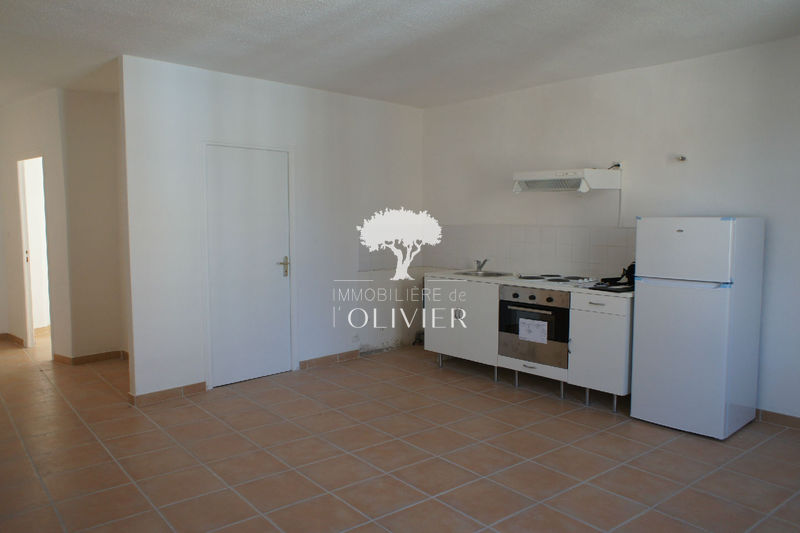 Photo Appartement Apt Luberon des fruits confits,  Location appartement  2 pièces   33 m²
