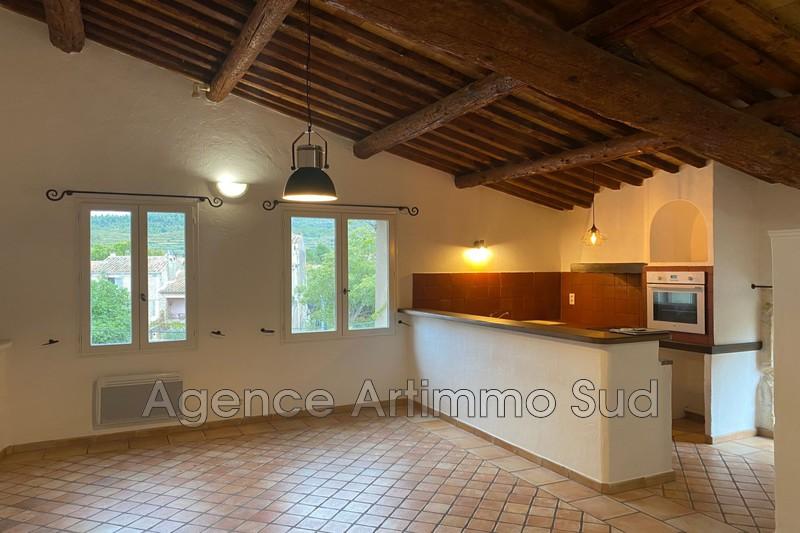 Photo Appartement Aureille  Location appartement  4 pièces   70m²