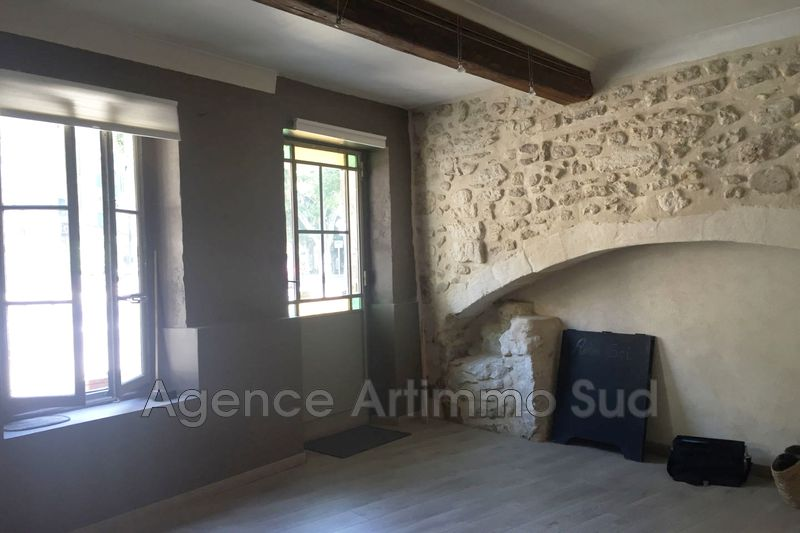 Photo Local professional Saint-Rémy-de-Provence  Occupational local professional   28 m²