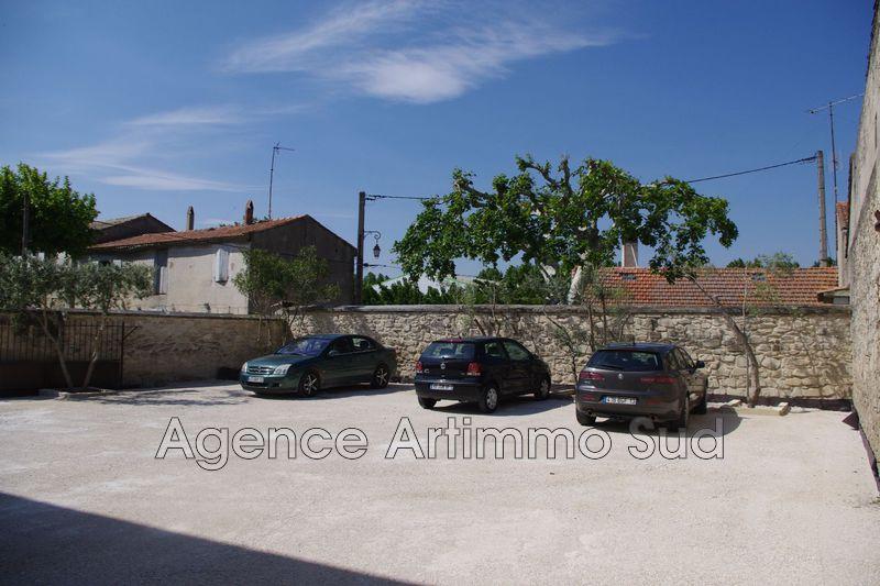 Photo n°1 - Vente Garage parking Eyragues 13630 - 9 500 €