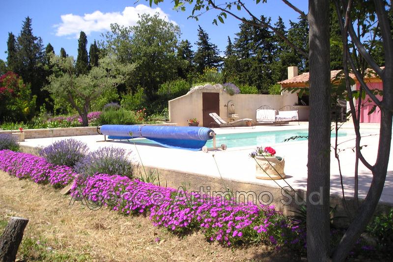 Photo Maison Eyguières   achat maison  7 chambres   270m²