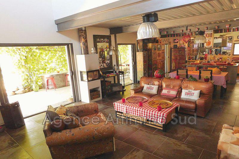 Photo Maison récente Eygalières Alpilles,   achat maison récente  4 chambres   400m²