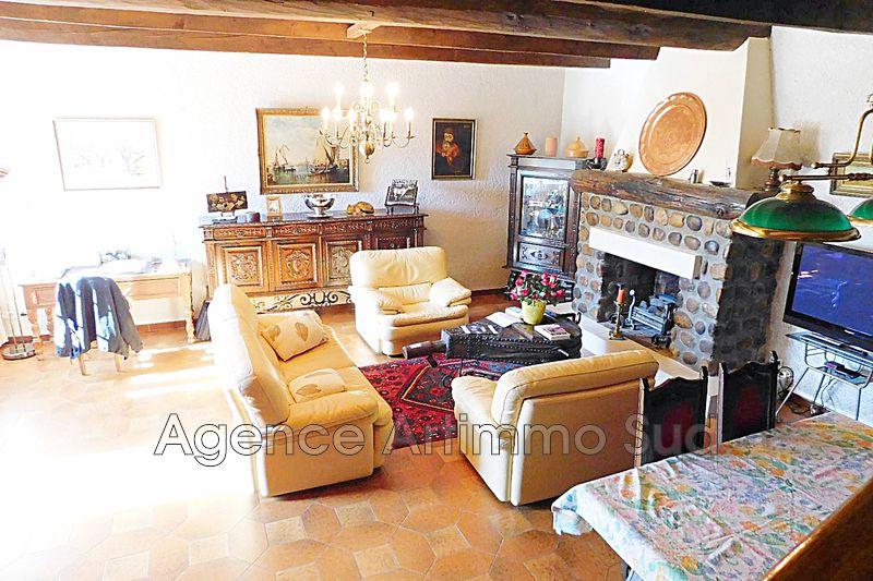 Photo Maison Aureille   achat maison  2 chambres   136m²
