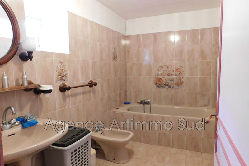 Photo House Mouriès   to buy house  3 bedrooms   170 m²