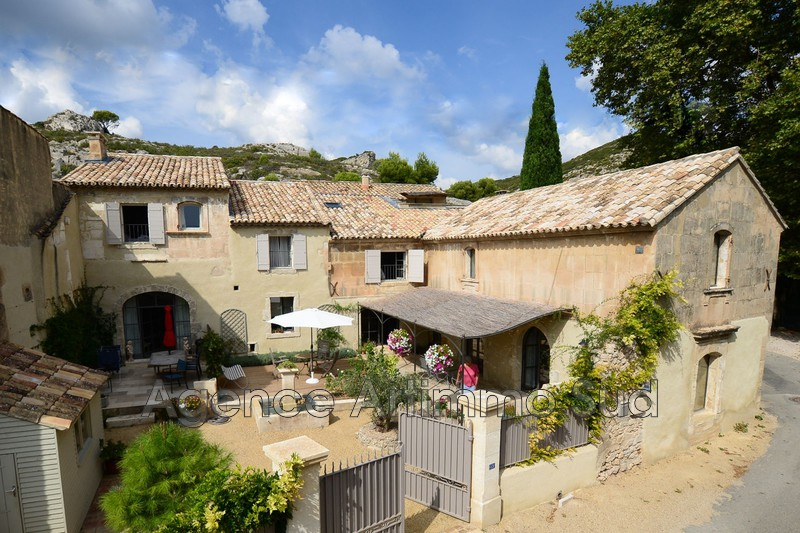 Photo Maison de village Maussane-les-Alpilles A 5 mn centre-ville,   achat maison de village  4 chambres   305m²