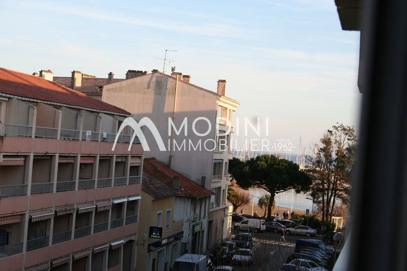Photo Appartement Sainte-Maxime Centre-ville,   achat appartement  1 pièce   22 m²