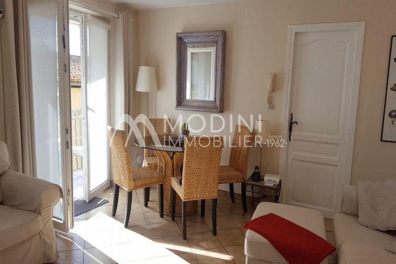 Photo Appartement Sainte-Maxime Centre-ville,   achat appartement  3 pièces   57m²