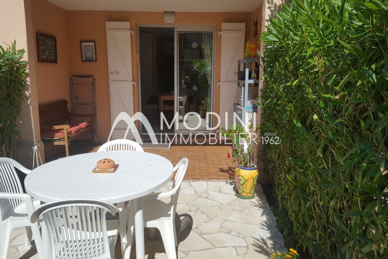 Photo Apartment Sainte-Maxime Croisette,   to buy apartment  2 rooms   31 m²