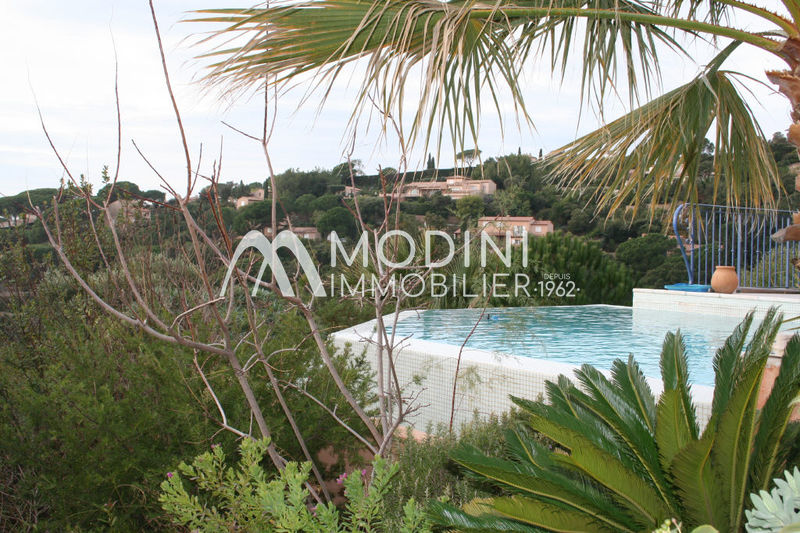 Photo Contemporaine Sainte-Maxime La nartelle,   achat contemporaine  4 chambres   240 m²