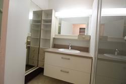 Location appartement Sainte-Maxime SALLE D'EAU (4).JPG