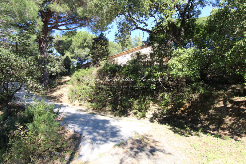 Vente terrain Sainte-Maxime  Land Sainte-Maxime Proche plages,   to buy land   1293 m²