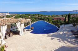Vente villa piscine et vue mer Sainte-Maxime Dsc07695