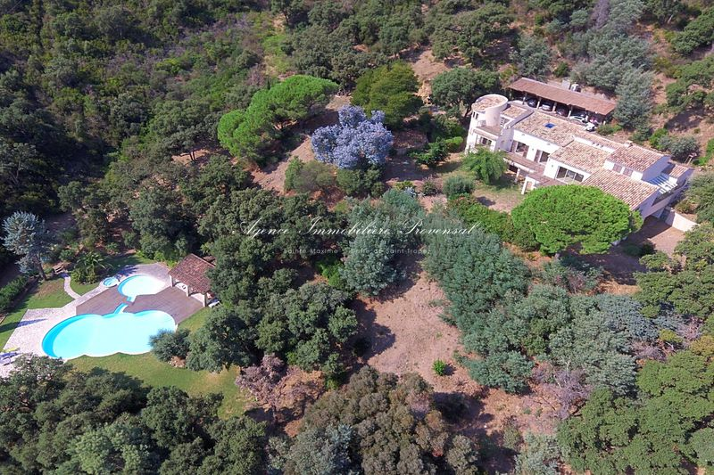 Vente propriété Sainte-Maxime  Property Sainte-Maxime Residentiel,   to buy property  12 bedroom   450 m²
