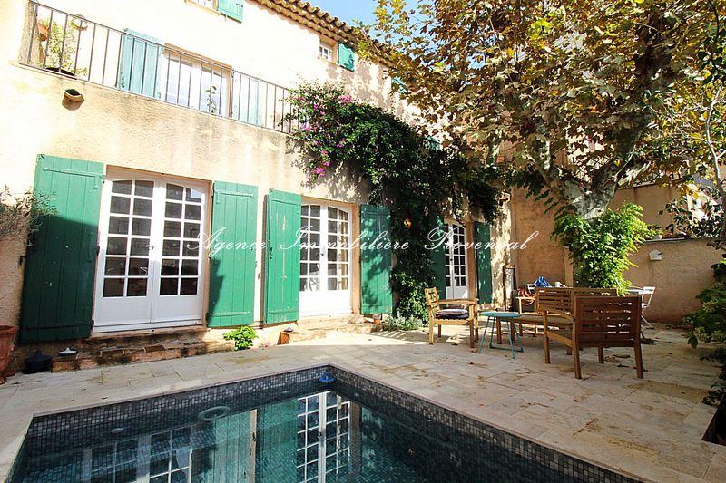 Vente maison de ville Sainte-Maxime  Maison de ville Sainte-Maxime Centre-ville,   achat maison de ville  6 chambres   200m²