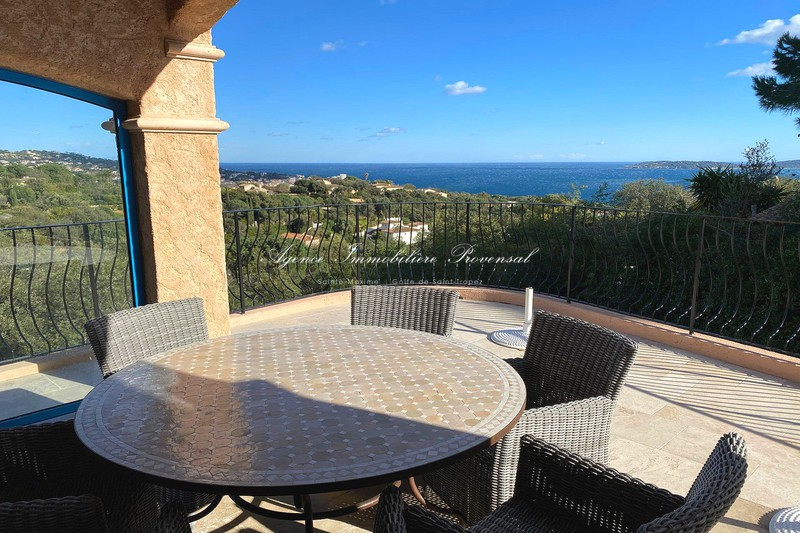 Vente villa Sainte-Maxime  Villa Sainte-Maxime   to buy villa  4 bedroom   163 m²