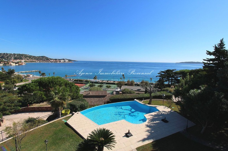 Vente villa Sainte-Maxime  Villa Sainte-Maxime Proche plages,   to buy villa  6 bedroom   341 m²