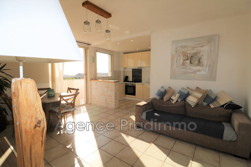 Photo Appartement Marseille Proche plages,   to buy appartement  3 rooms   53 m²
