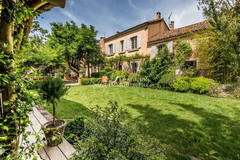 Photo Village farmhouse Paradou Proche centre,  Location saisonnière village farmhouse  4 bedrooms   450 m²