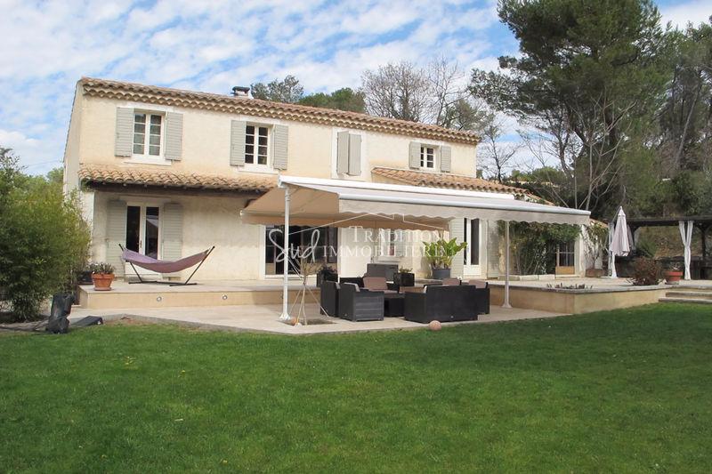 Photo Maison Saint-Rémy-de-Provence   achat maison  4 chambres   240m²
