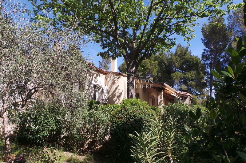 Photo n°1 - Vente maison Maussane-les-Alpilles 13520 - 945 000 €