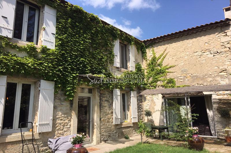Photo Maison de village Saint-Etienne-du-Grès Centre village,   achat maison de village  3 chambres   170m²