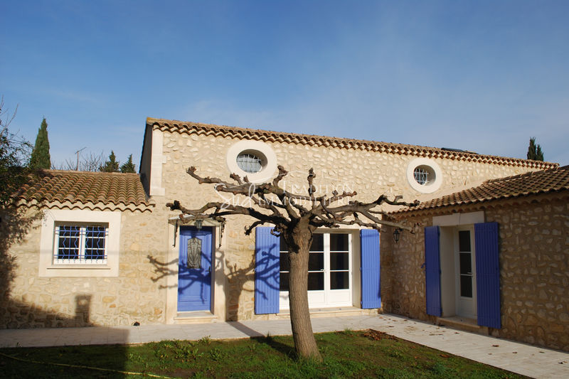 Photo Maison de village Fontvieille Centre village,   achat maison de village  4 chambres   180 m²