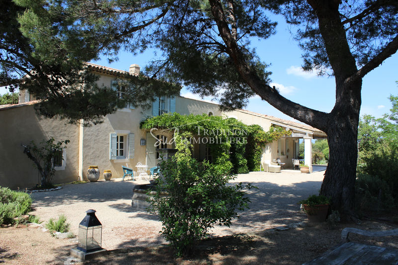 Photo House Eygalières Vue alpilles,   to buy house  4 bedrooms   230 m²