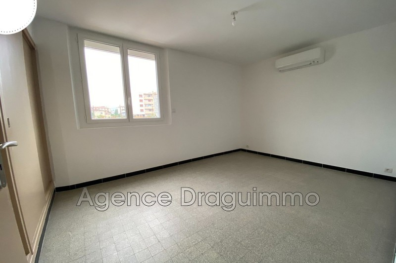 Photo n°3 - Location appartement Draguignan 83300 - 740 €