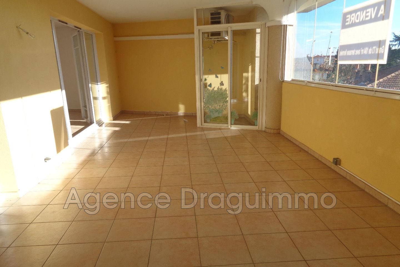 Vente appartement draguignan 83300 238 000 for Appartement atypique draguignan