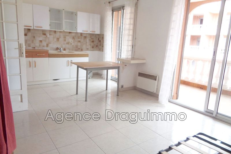 Photo n°2 - Vente appartement Draguignan 83300 - 73 000 €