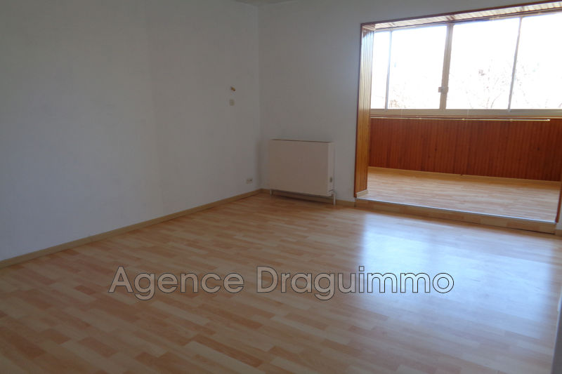 Photo Appartement Draguignan Centre-ville,   achat appartement  3 pièces   65 m²