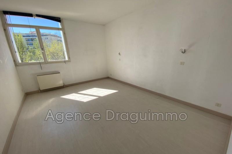 Photo n°5 - Vente appartement Draguignan 83300 - 95 000 €