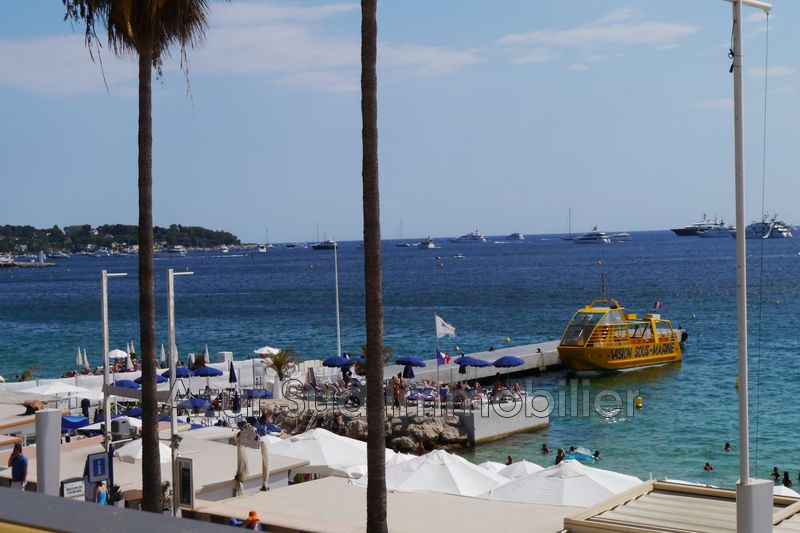 Photo Apartment Juan-les-Pins Bord de mer,   to buy apartment  2 rooms   50 m²
