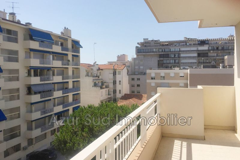 Apartment Juan-les-Pins Centre-ville,   to buy apartment  3 rooms   81 m²