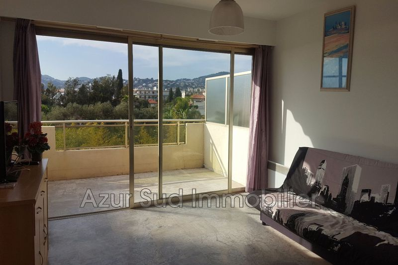 Photo Apartment Juan-les-Pins Bijou plage,   to buy apartment  1 room   28 m²