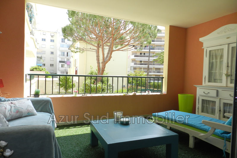 Apartment Juan-les-Pins Centre-ville,   to buy apartment  4 rooms   85 m²