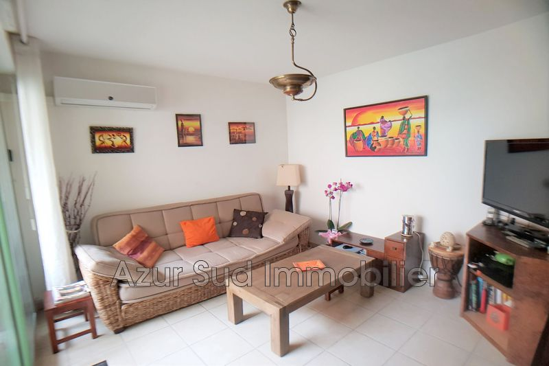 Photo Apartment Vallauris Centre-ville,   to buy apartment  2 rooms   39 m²