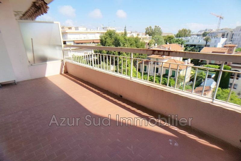 Apartment Juan-les-Pins Centre-ville,   to buy apartment  1 room   32 m²