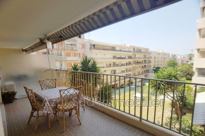 Photo Apartment Juan-les-Pins Proche plages,   to buy apartment  2 rooms   40 m²