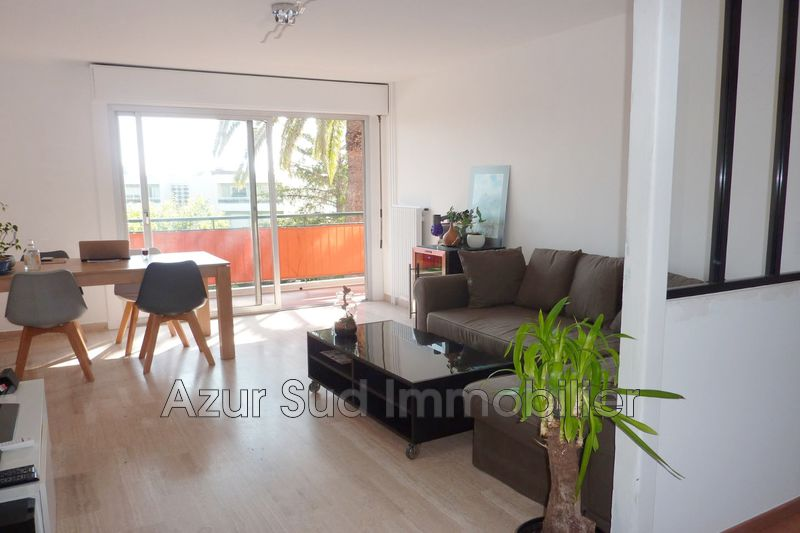 Photo Appartement Antibes Fontmerle,   achat appartement  3 pièces   65 m²