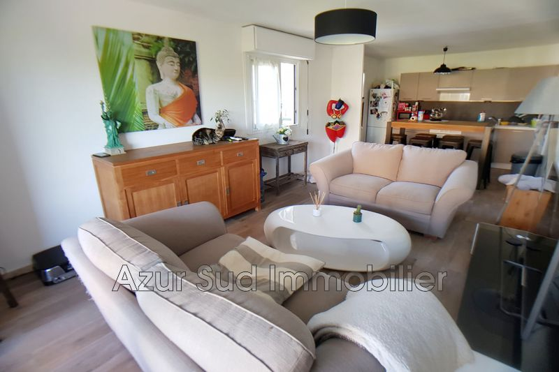 Photo Appartement Antibes Fontmerle,   achat appartement  3 pièces   62 m²
